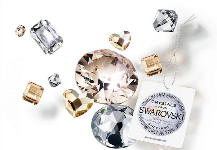 Đá swarovski là loại đá quý được rất nhiều người lựa chọn