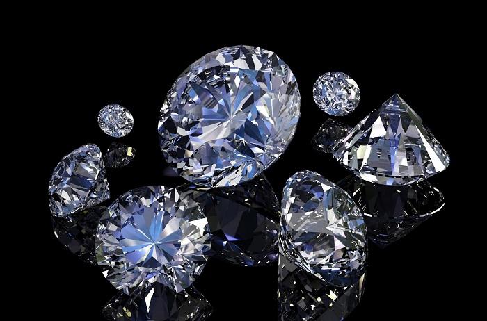 Kim cương là vị vua của trang sức