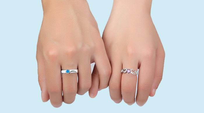 đeo nhẫn ở ngón giữa còn thể hiện bạn là người đã có chủ
