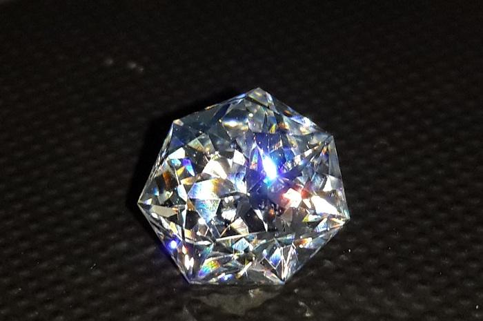 Vẻ đẹp của đá Swarovski
