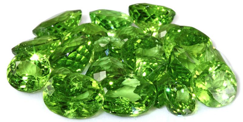 Đá Emerald - Ngọc Lục bảo có màu xanh