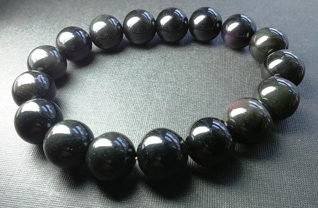 Đá Obsidian là gì? Bạn đã biết gì về Obsidian? 3