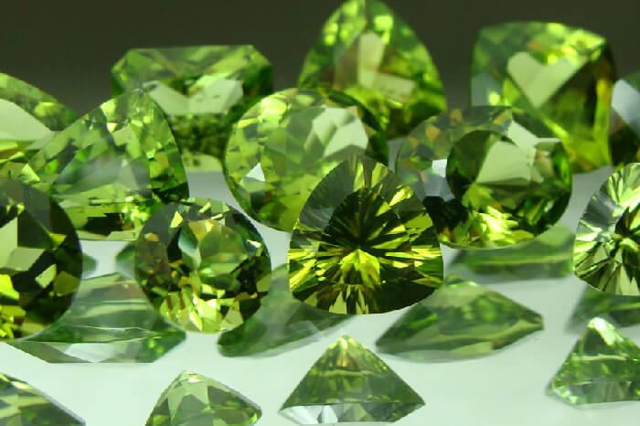 Đá Peridot là gì? Bạn biết gì về đá Peridot? 3