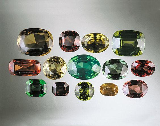 Đá Zircon là gì? Những bí mật ít biết về đá Zircon 2