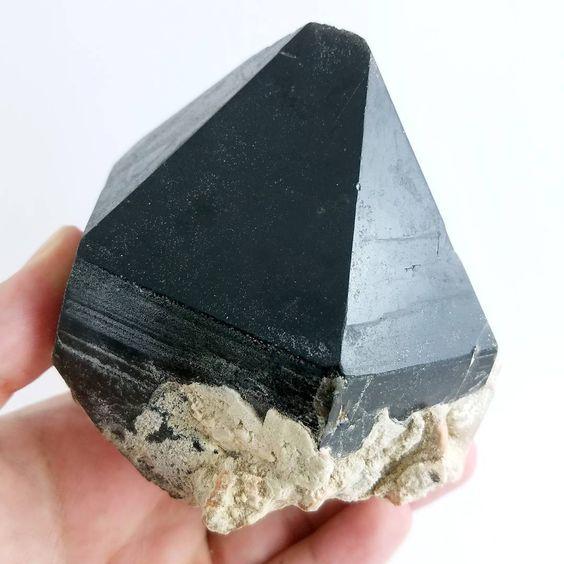 Người mệnh Mộc hợp đá gì? Những thông tin bạn nên biết khi chọn đá phong thủy 4