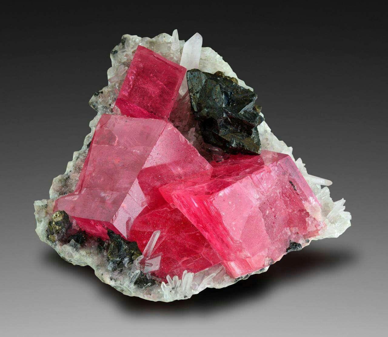 đá đào hoa Rhodochrosite là gì